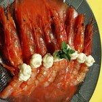 Gamberoni rossi in acqua di pomodorino e mousse mozzerella