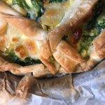 Torta salata con broccoli verdi