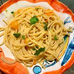 Linguine con colatura di alici e pomodorini gialli