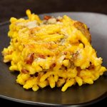 Trofie al forno con crema di zafferano, funghi e pancetta