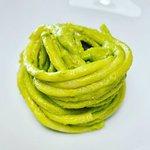 Bucatini al pesto di zucchine