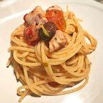 Spaghetti datterini, tonno fresco e taggiasche