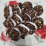 Salame di cioccolato fondente senza uova