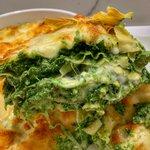 Lasagnetta ricotta, spinaci, besciamella, fior di latte e provola