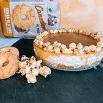 Cheescake senza glutine al caramello mou e popcorn