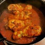 Pollo al sugo aromatico