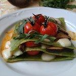 Lasagnette verdi con pomodori confit e funghi