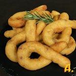 Zeppole di patate e pancetta